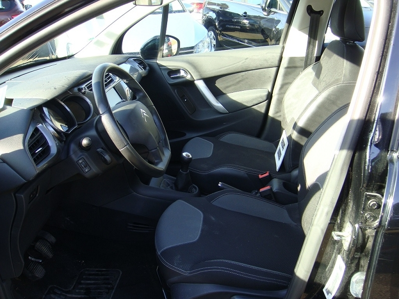 Photo 5 de l'offre de CITROEN C3 1.6 E-HDI90 AIRDREAM BUSINESS à 7900€ chez ATCA 61