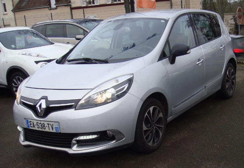 Renault SCENIC III 1.5 DCI 110CH BOSE EDC EURO6 2015 Diesel GRIS C Occasion à vendre